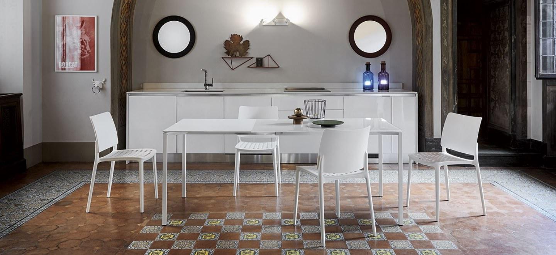 Tavoli bonaldo fli cristallo verniciato bianco 2 for Arredamenti bonaldo