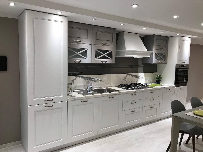 Cucina lube mod agnese rafaschieri arredamenti for Arredamenti lube