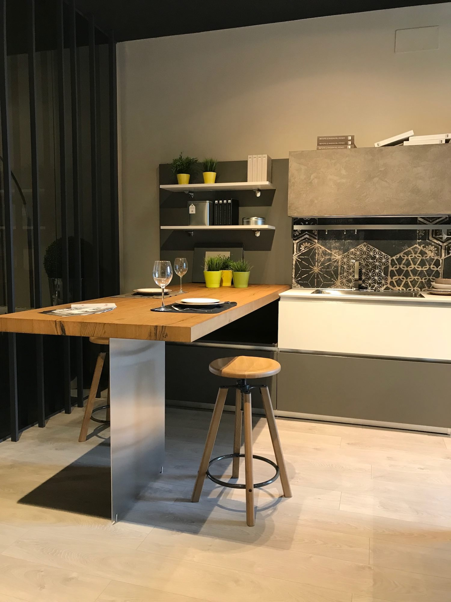 Cucina lube oltre in fenix e malta rafaschieri arredamenti for Cucina oltre lube