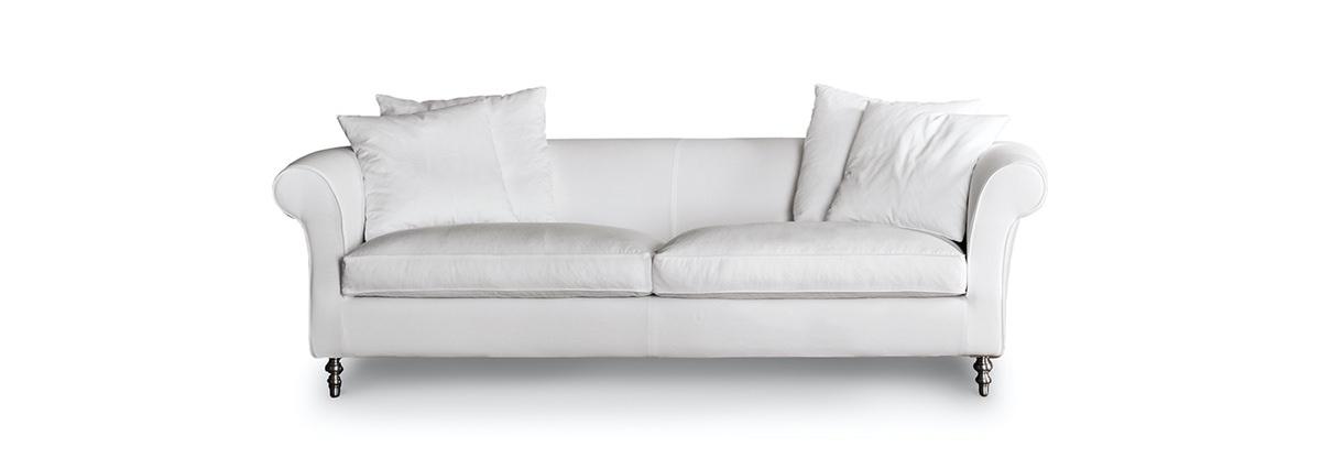 Divani relax design saba italia opium 2 rafaschieri for Divani design italia