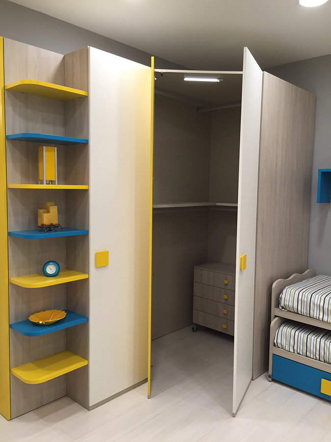 Cameretta julia con cabina armadio e letti scorrevoli scontati rafaschieri arredamenti - Cabina armadio per cameretta ...