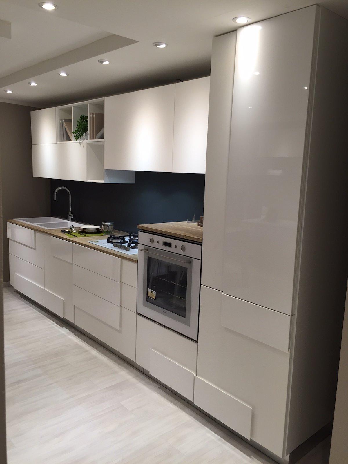Cucina LUBE - Mod. CREATIVA - Rafaschieri Arredamenti