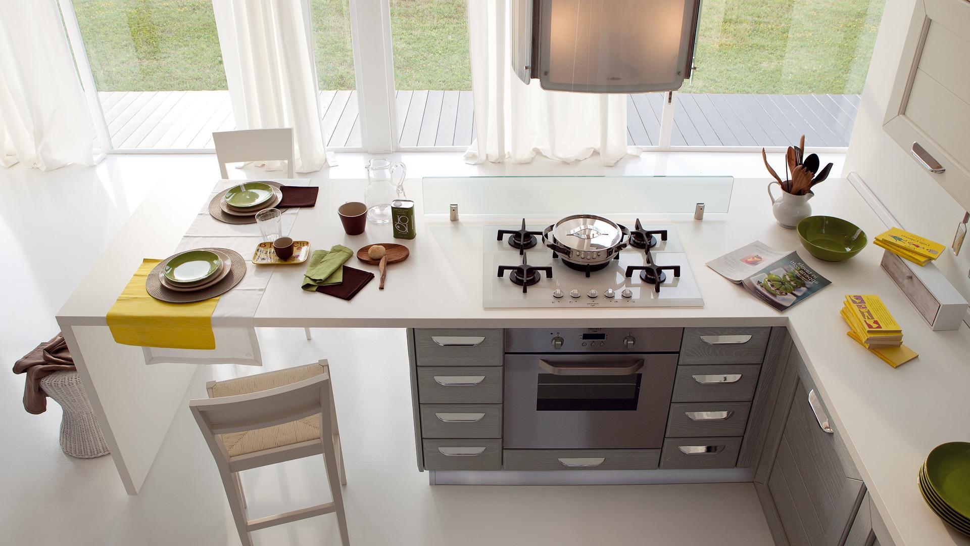 Cucina classica LUBE \'CLAUDIA\' - stile contemporaneo per una ...