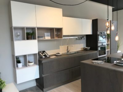 https://www.rafaschieriarredamenti.it/wp-content/uploads/2017/11/cucina-clover-lube-in-legno-1-400x300.jpg